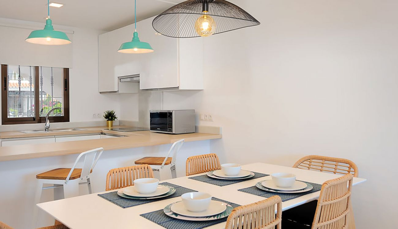 Stunning reformed Kitchen and Dining Room